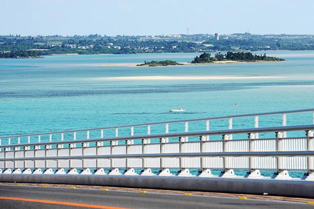 伊良部大橋から見えるユニの浜