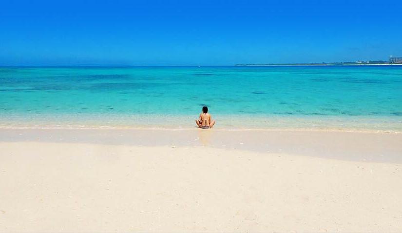 宮古島、誰もいないビーチ