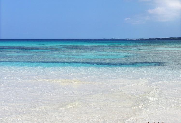 宮古の海は宝石のような煌き